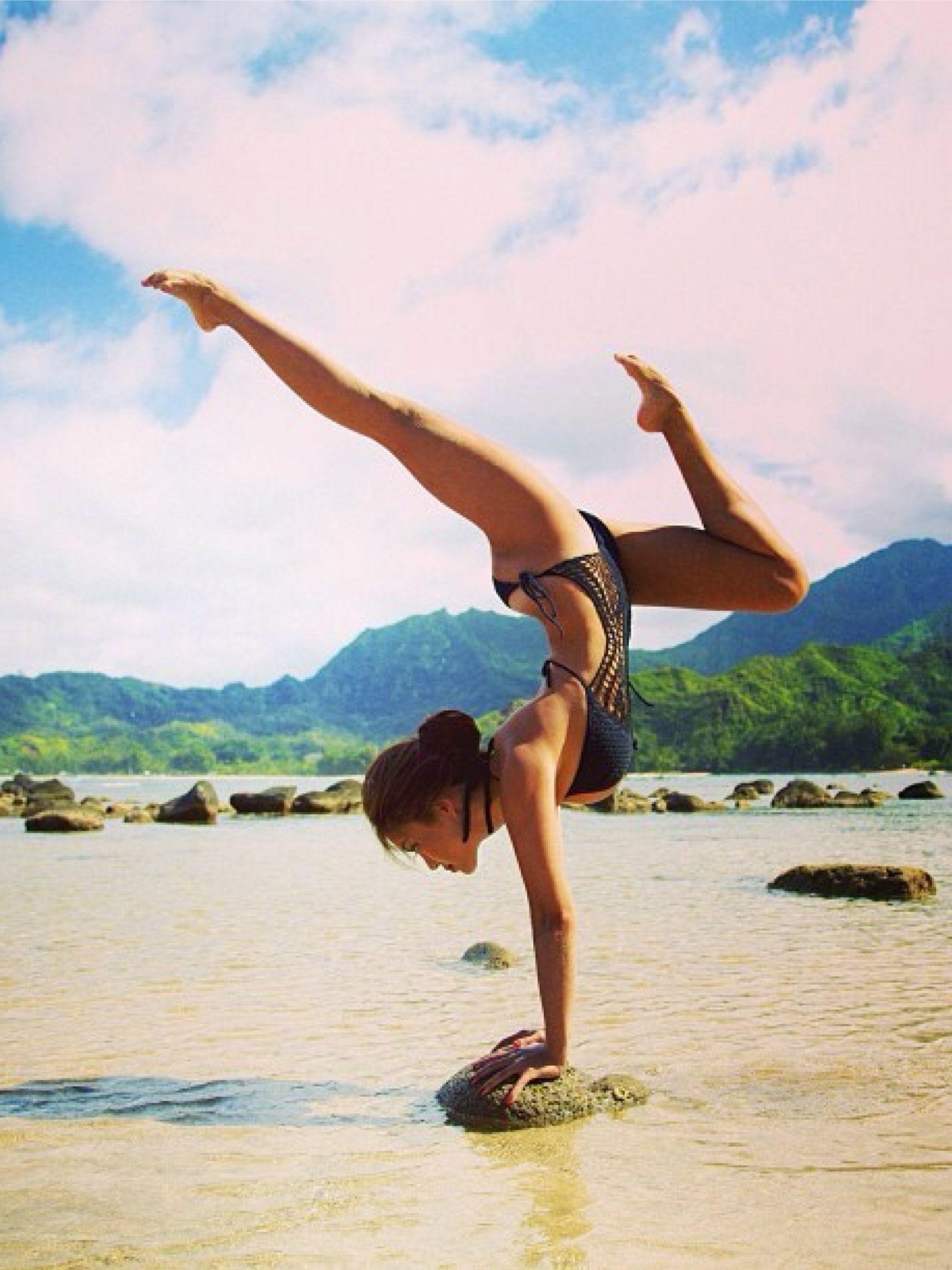 Pin på Rachel Brathen - Yoga Girl