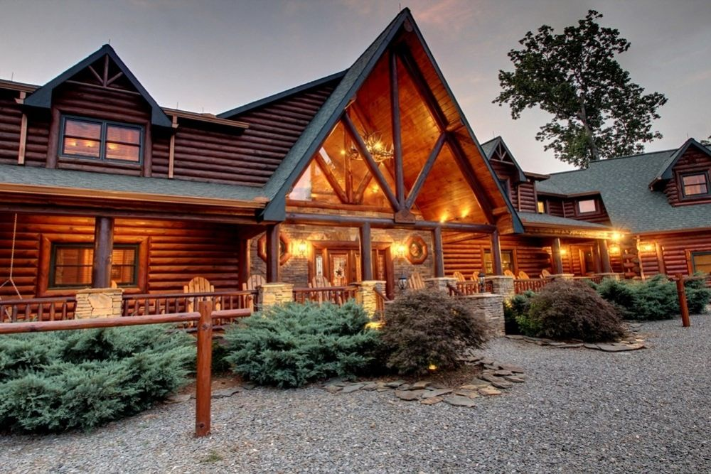5-Star-Exterior-10 | 5 Star Lodge & Stables | Georgia cabin