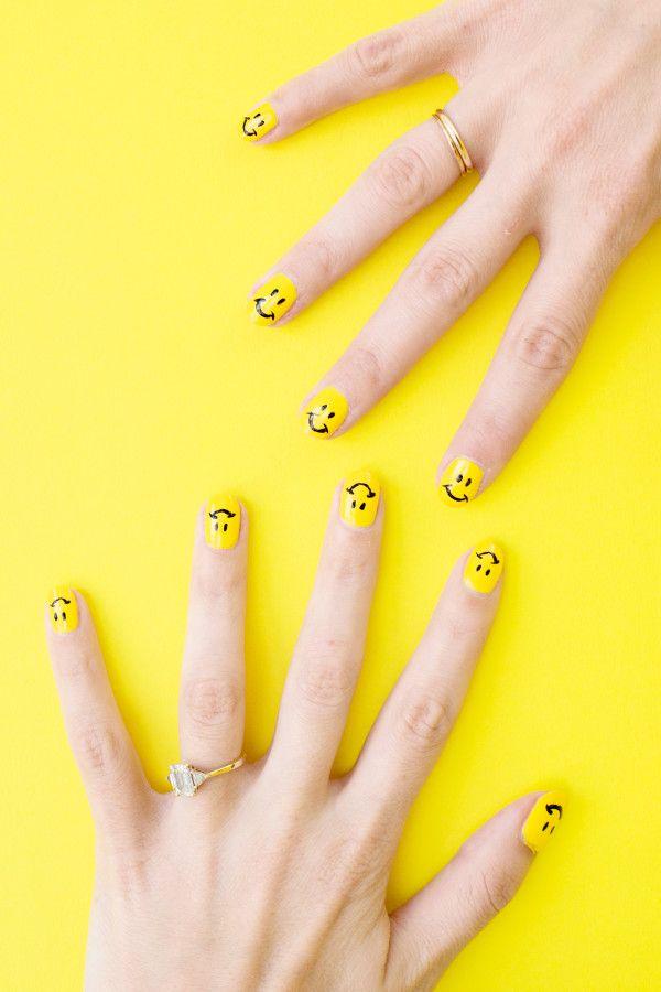 Diy Smiley Face Mani With Images Diy Yellow Nails Emoji Nails