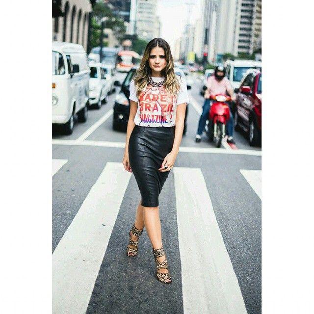 Camiseta e saia  lápis uma combinação estilosa #look #Mulheres #casual #Style #InstaSize