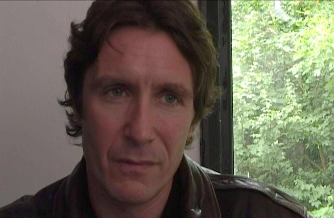 Love him with teh shaggy hair. Screencap from Poppies