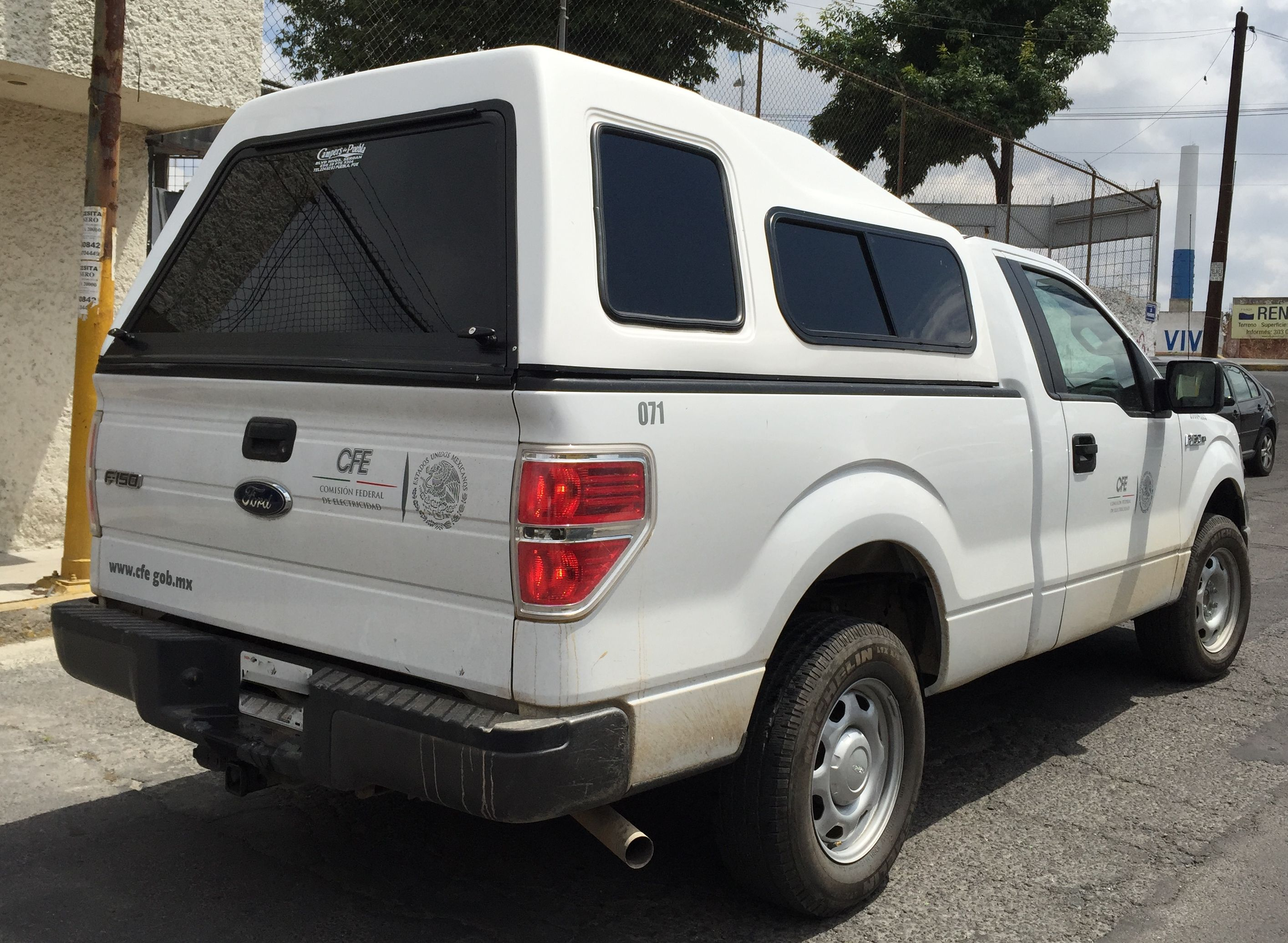 Campers Y Casetas De Fibra De Vidrio Para Pick Up Ford F 150