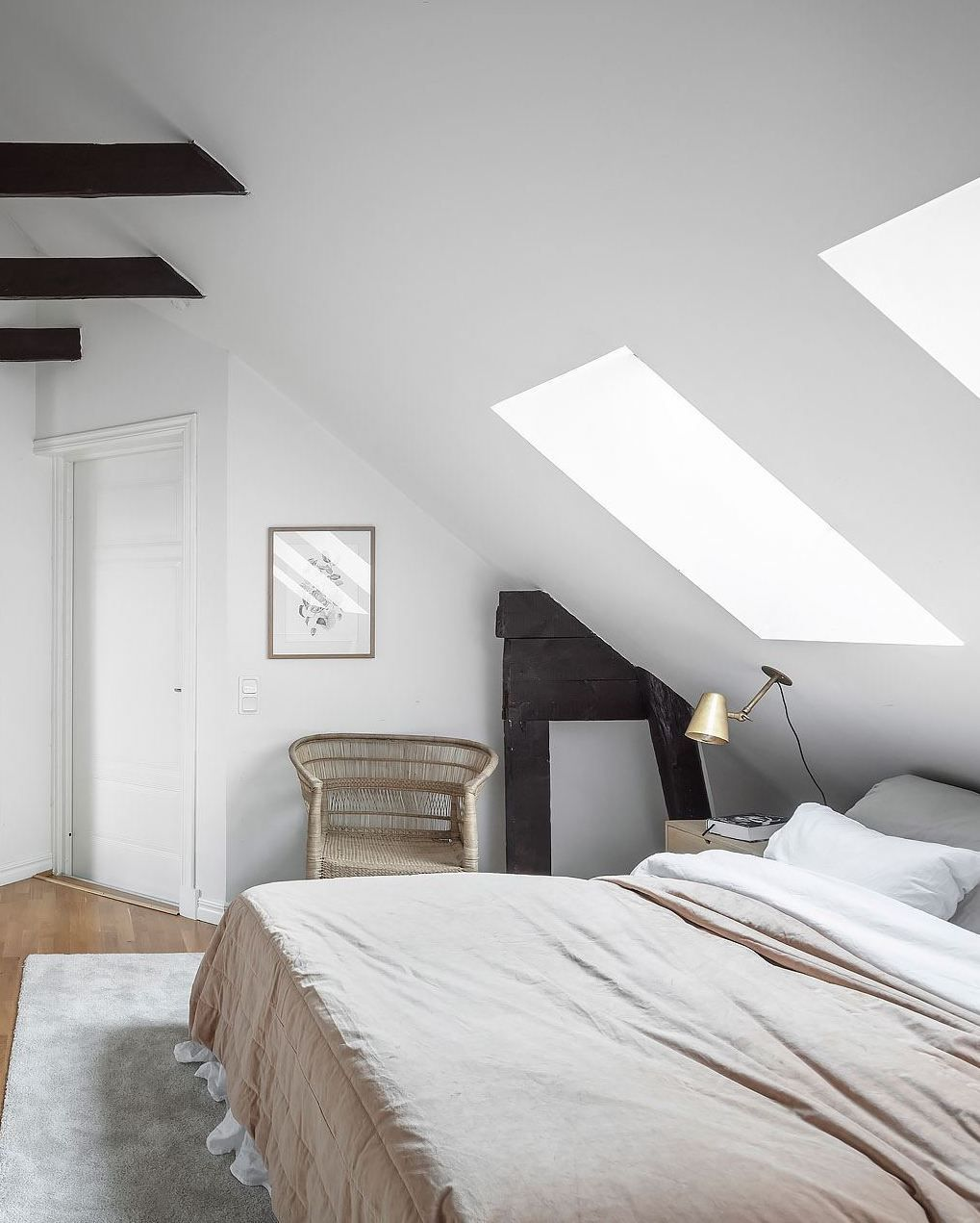 low ceiling attic bedroom ideas on cozy attic bedroom coco lapine design slanted ceiling bedroom low ceiling bedroom modern bedroom inspiration cozy attic bedroom coco lapine design