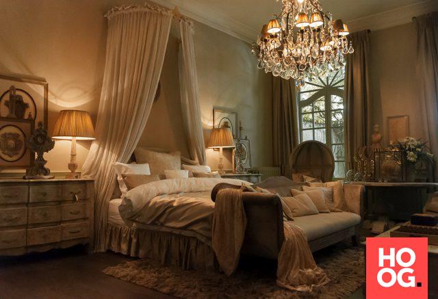 Domotica in hotel inrichting | slaapkamer ideeën | bedroom ideas ...