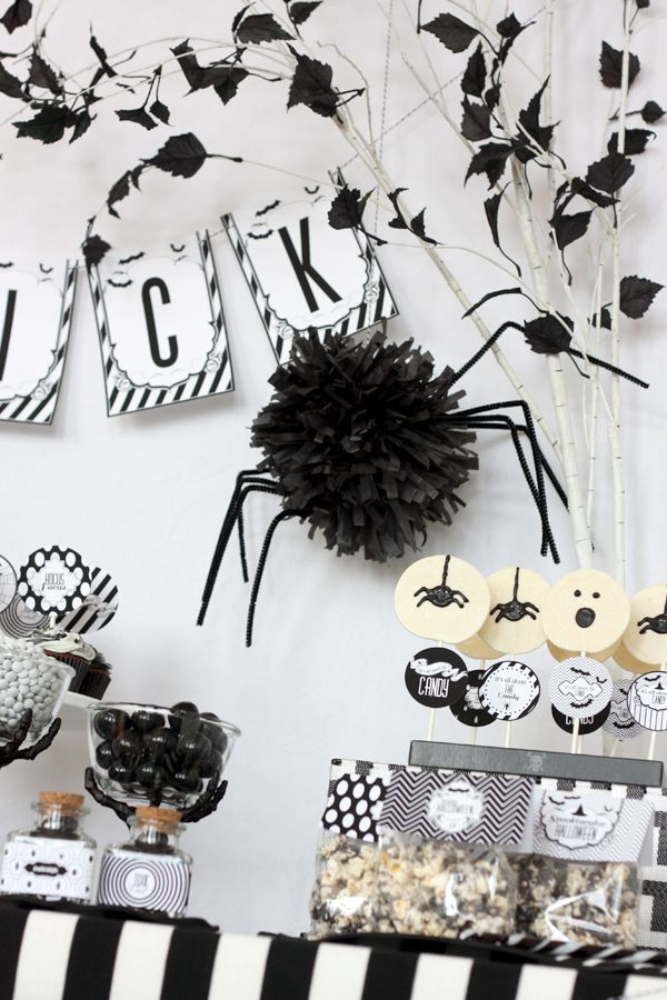 Black and white Halloween party setting by Wants & Wishes.
