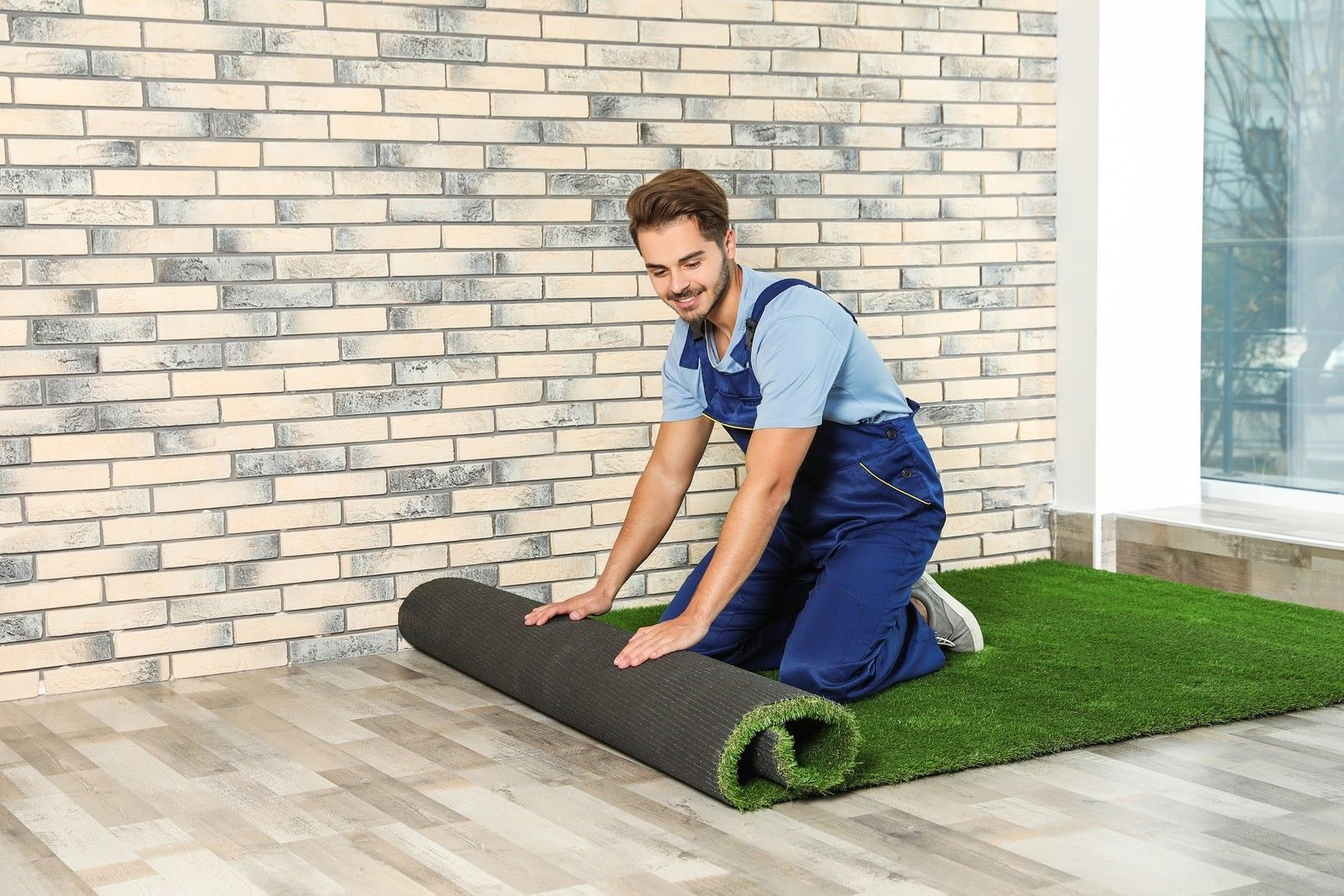 Pros are Better than DoItYourself Artificial Grass