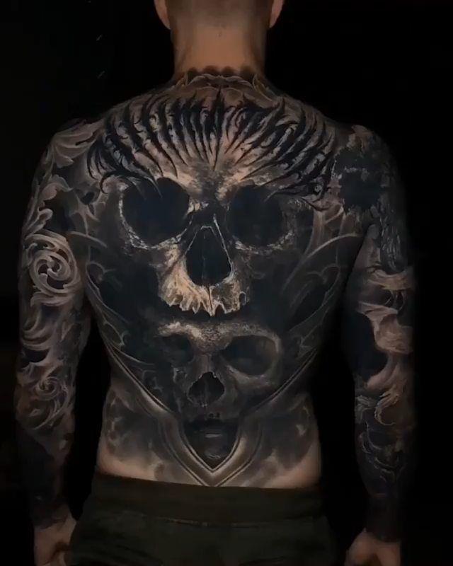 "Tattoosinlimites on Instagram: ""📸 @eliot.kohek  #tattoosinlimites #inkstagram #realtattoos #skinart #bng #sleevetattoo #tattedup #tatted #tattooworld #tattoodesign…"""