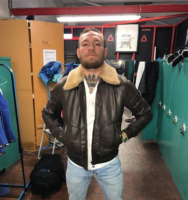 парижский моделей куртки макгрегор фото номера