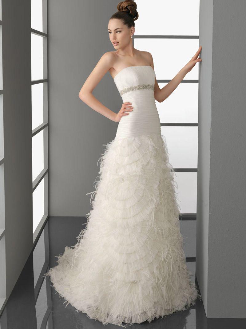 Aline dresses elegant modest tulle strapless aline wedding dress