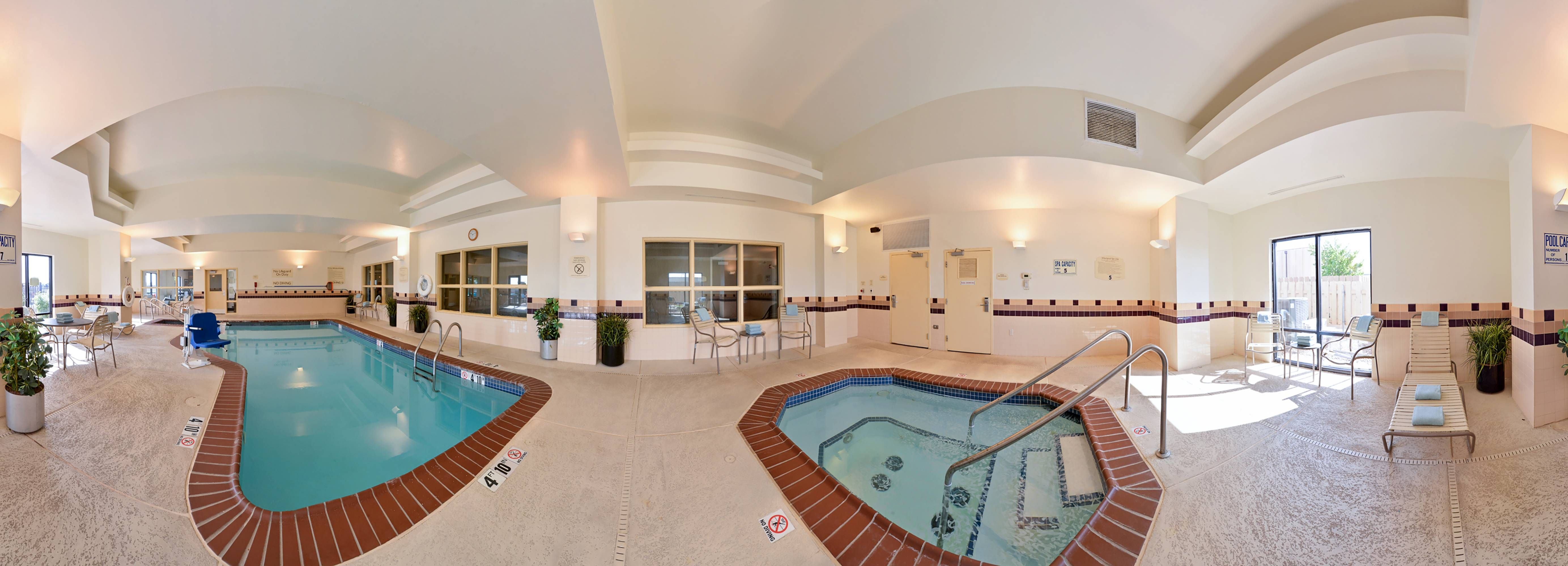 Springhill Suites Oklahoma City Airport Indoor Pool And Hot Tub Enjoy Guestbathroom Comfort Oklahoma City Airport Indoor Pool Springhill
