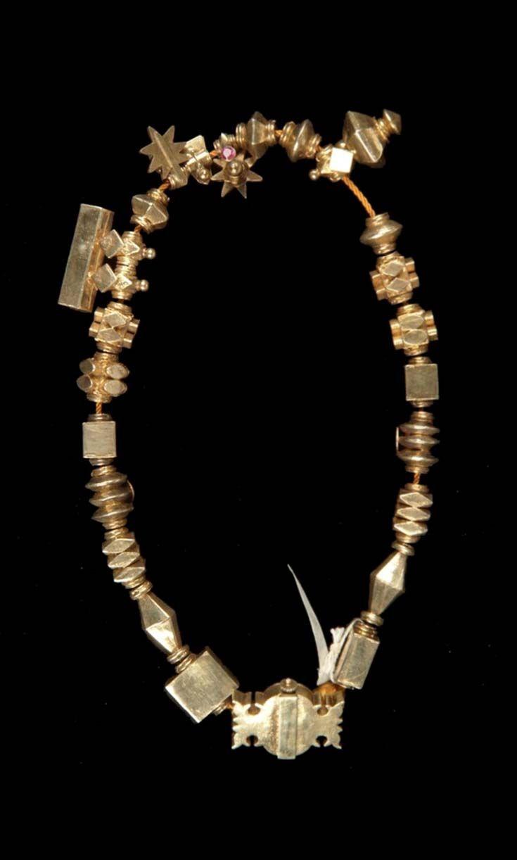 India - Tamil Nadu, Tirunelveli | Necklace worn mostly by older ...