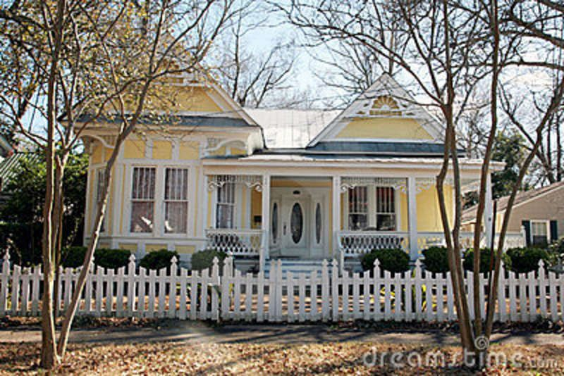 Yellow Victorian Houses | Yellow one-story Victorian style ...