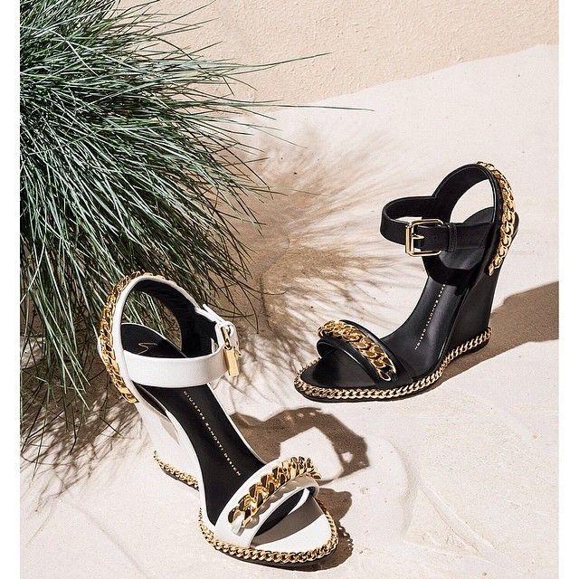 Pick a golden touch: discover all the Styles available at www.giuseppezanottidesign.com #giuseppezanotti