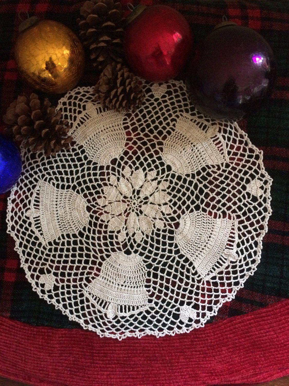 7 inch Cream Poinsettia Doily