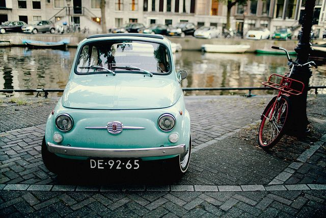 / photo by Vida I love lil car !! My dream garage would be my Mini, a fiat, and Smart car with a Honda Element ( when i need groceries !!)