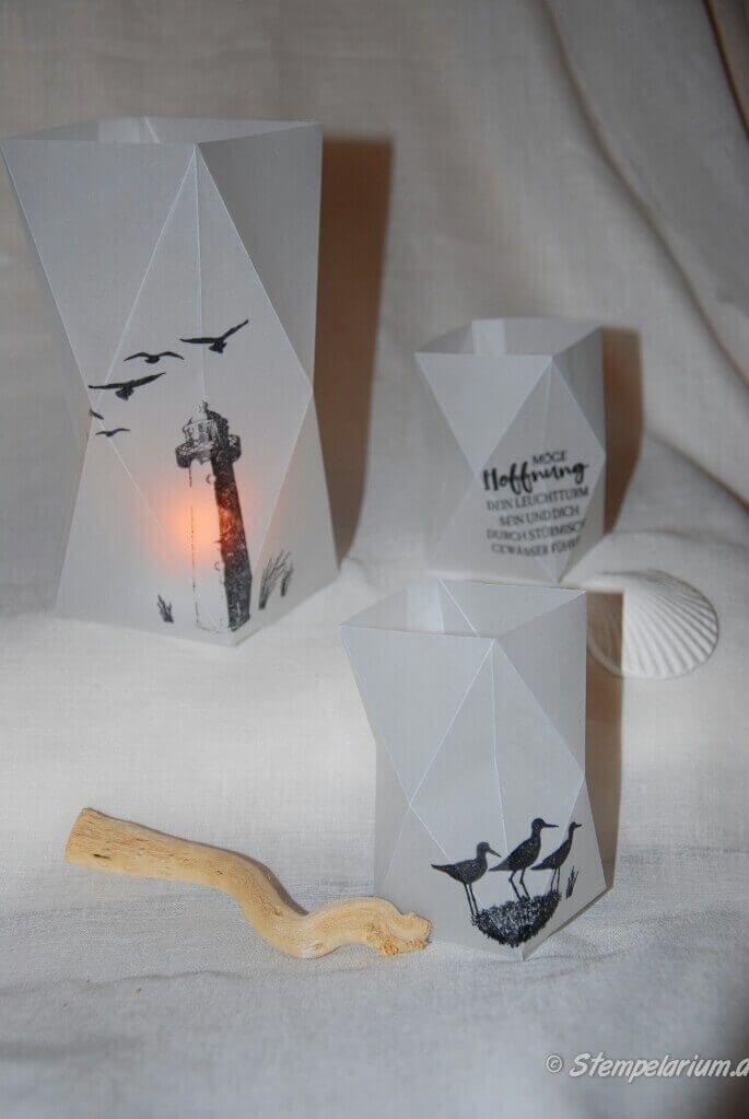 anleitung faltlaterne cards windlichter basteln. Black Bedroom Furniture Sets. Home Design Ideas