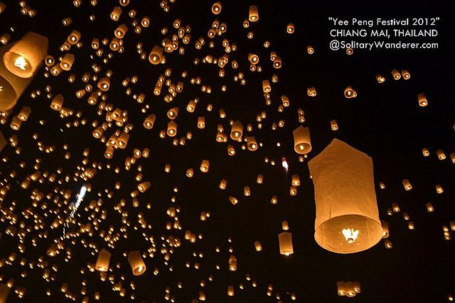 Yi Peng Festival (Floating Lantern) in Chiang Mai
