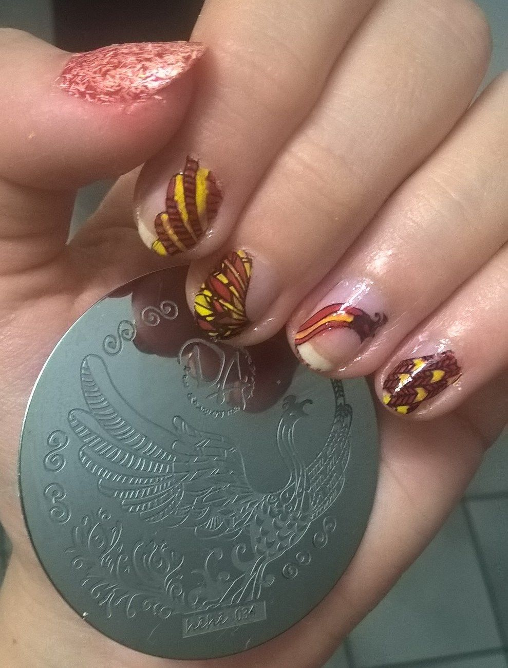 #hehe  Harry Potter plate, phoenix nail stamping