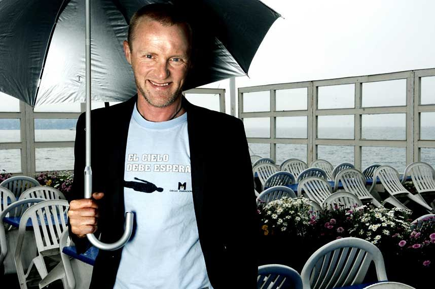 What is the chronological order of Jo Nesbo's Harry Hole series?