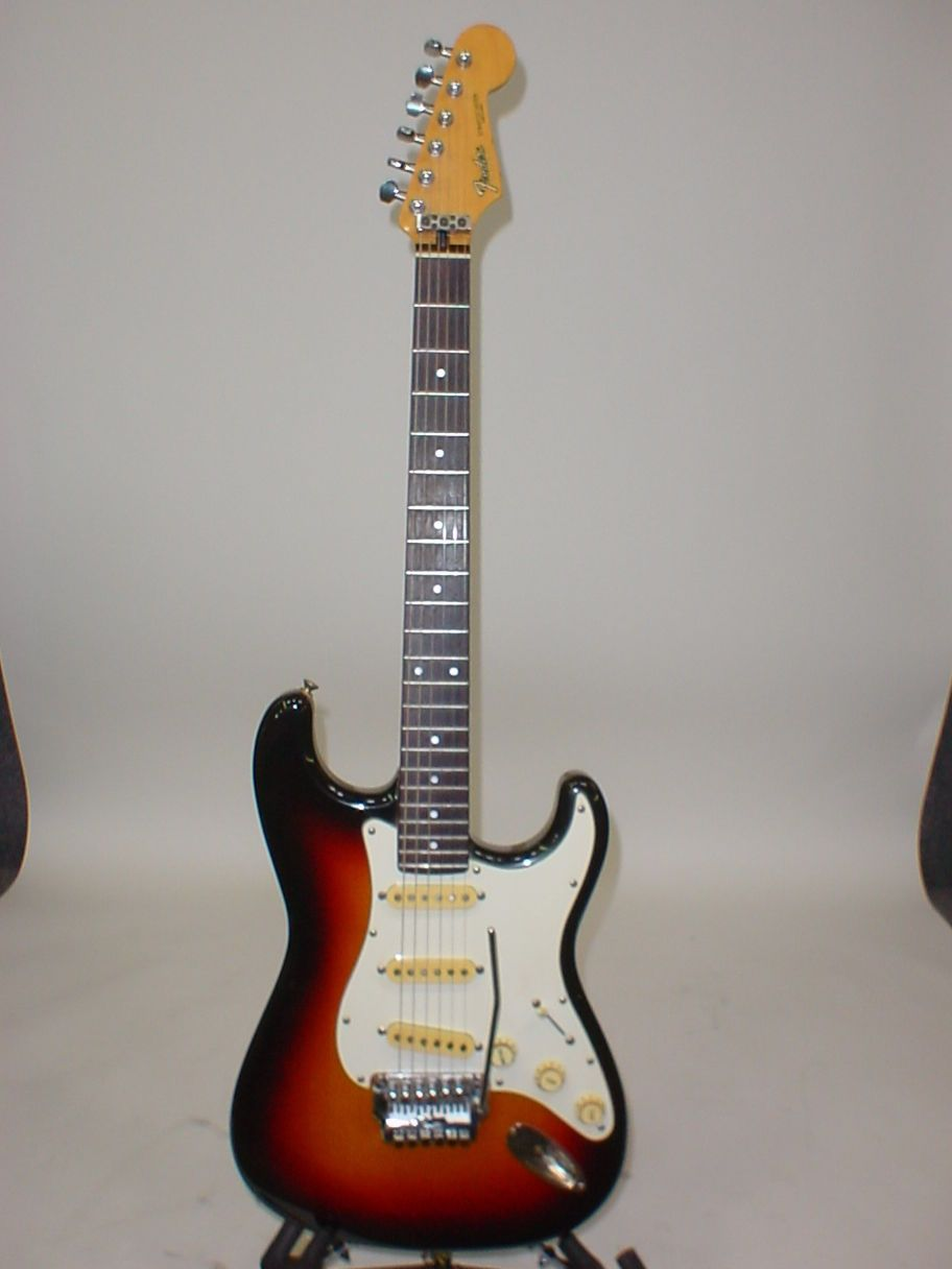 Vintage 1980s Fender Contemporary Stratocaster Electric Guitar On Pinterest Steampunk Telecaster And Epiphone