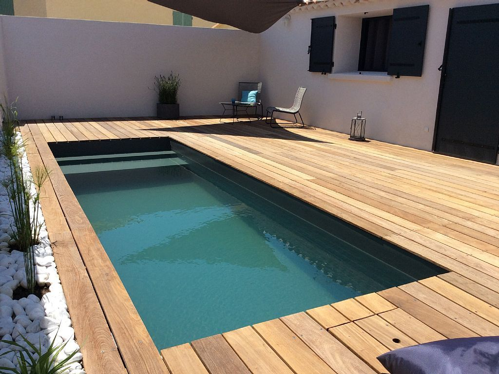Location vacances maison istres un mini couloir de nage for Mini piscine