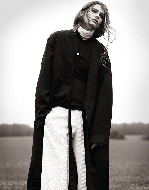, Lena Hardt by Naomi Yang for Vogue Taiwan December 2014 – Fashion Copious, Hot Models Blog 2020, Hot Models Blog 2020