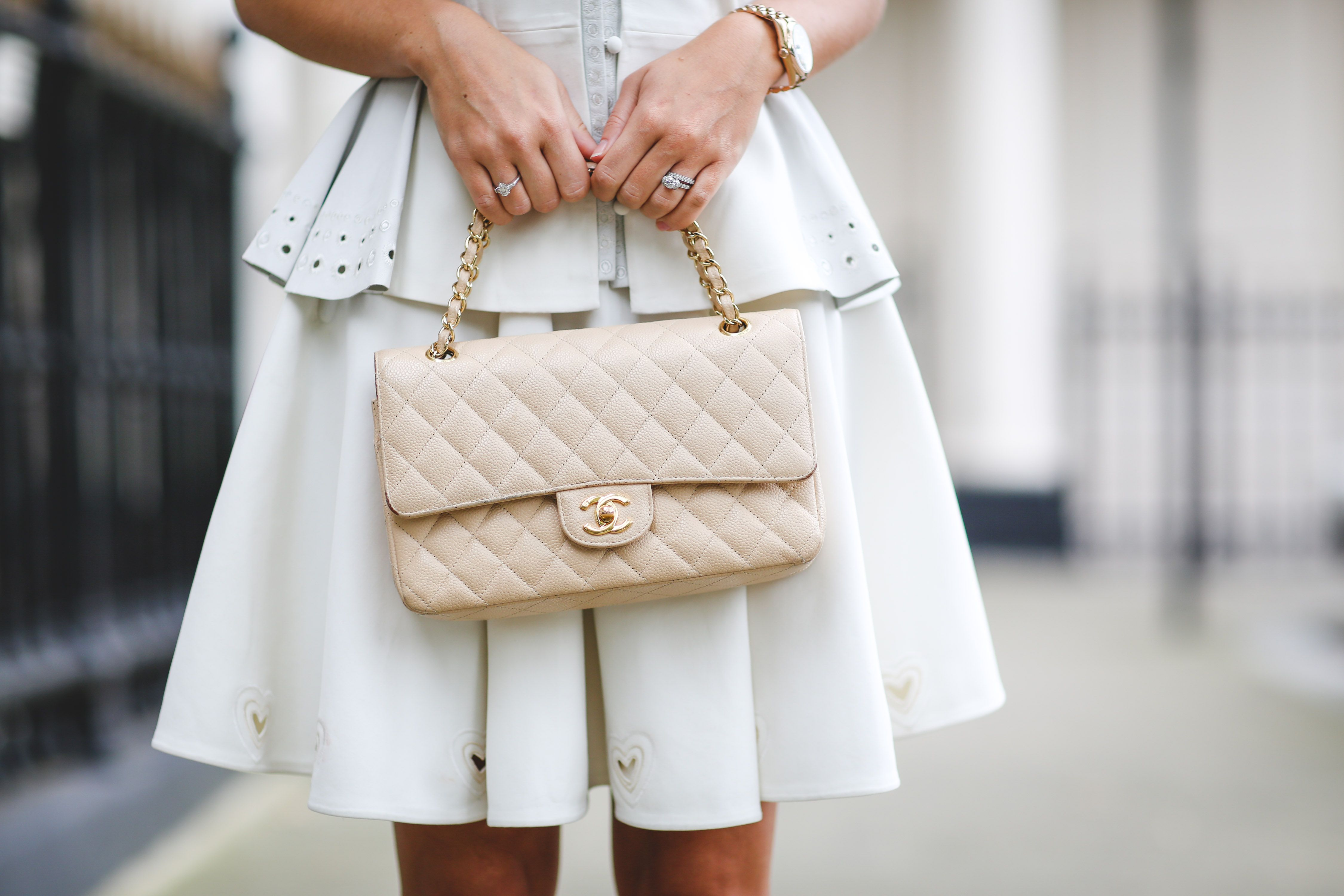 d0ccbe575088 Color Crush- white and beige | J'Adore Chanel | Beige chanel bag ...