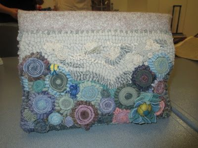 ... Rug Hooking Purses & Bags on Pinterest   Tool pouch, Carpet bag and