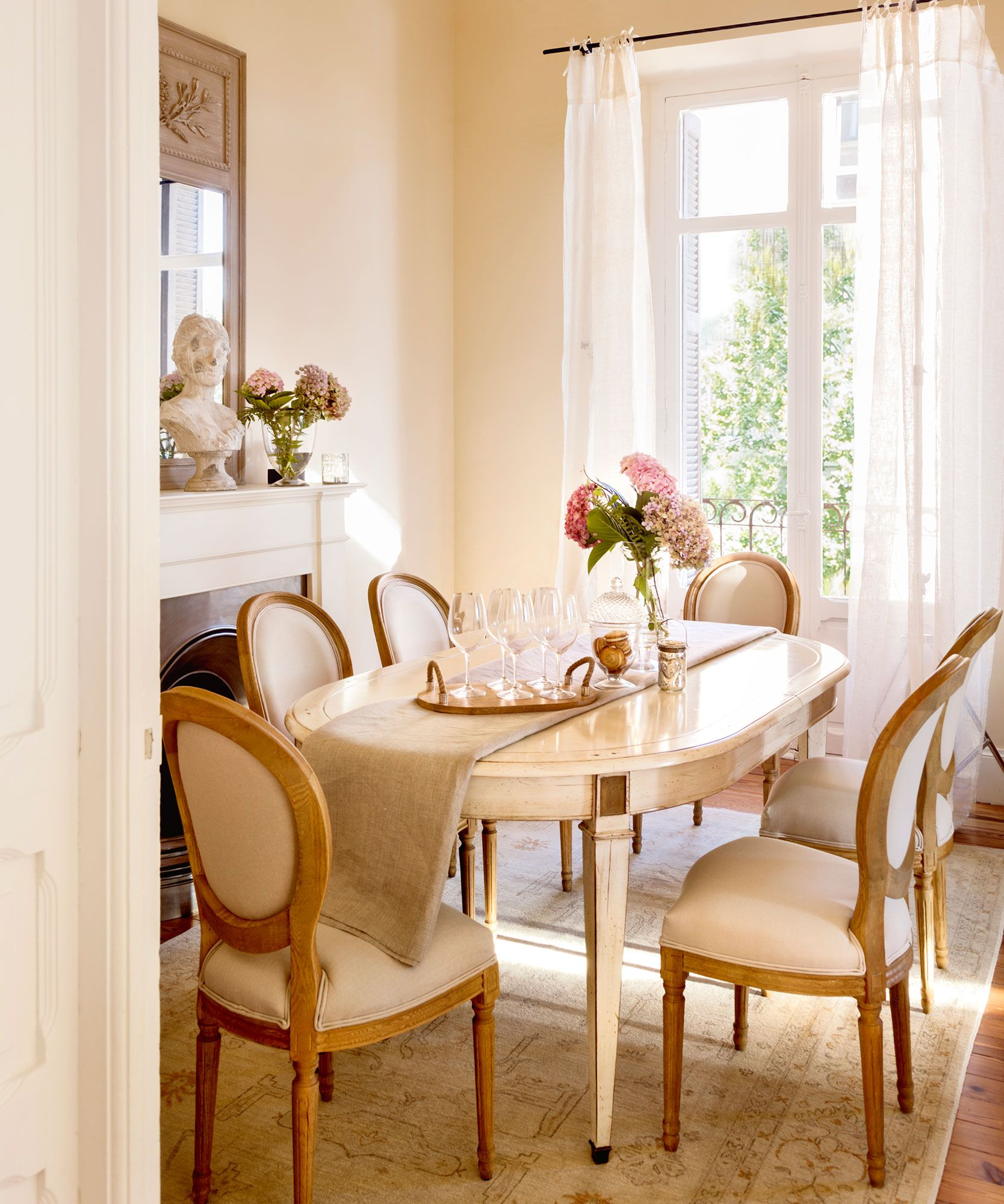 Ovalada ms ligera en 2019  Mesa comedor  Dining chairs