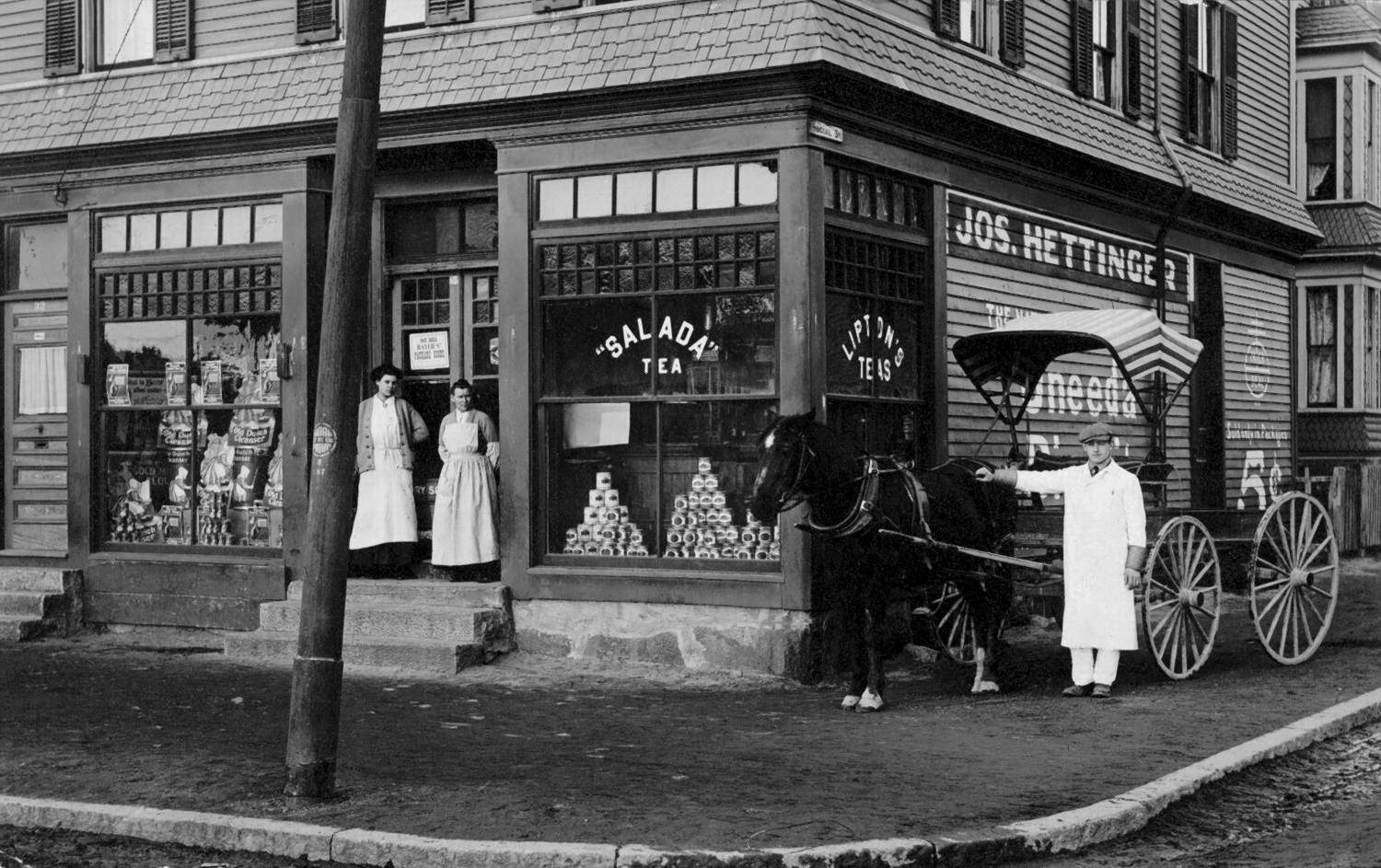 Typical U.S. corner Grocery store of the early 1900's with