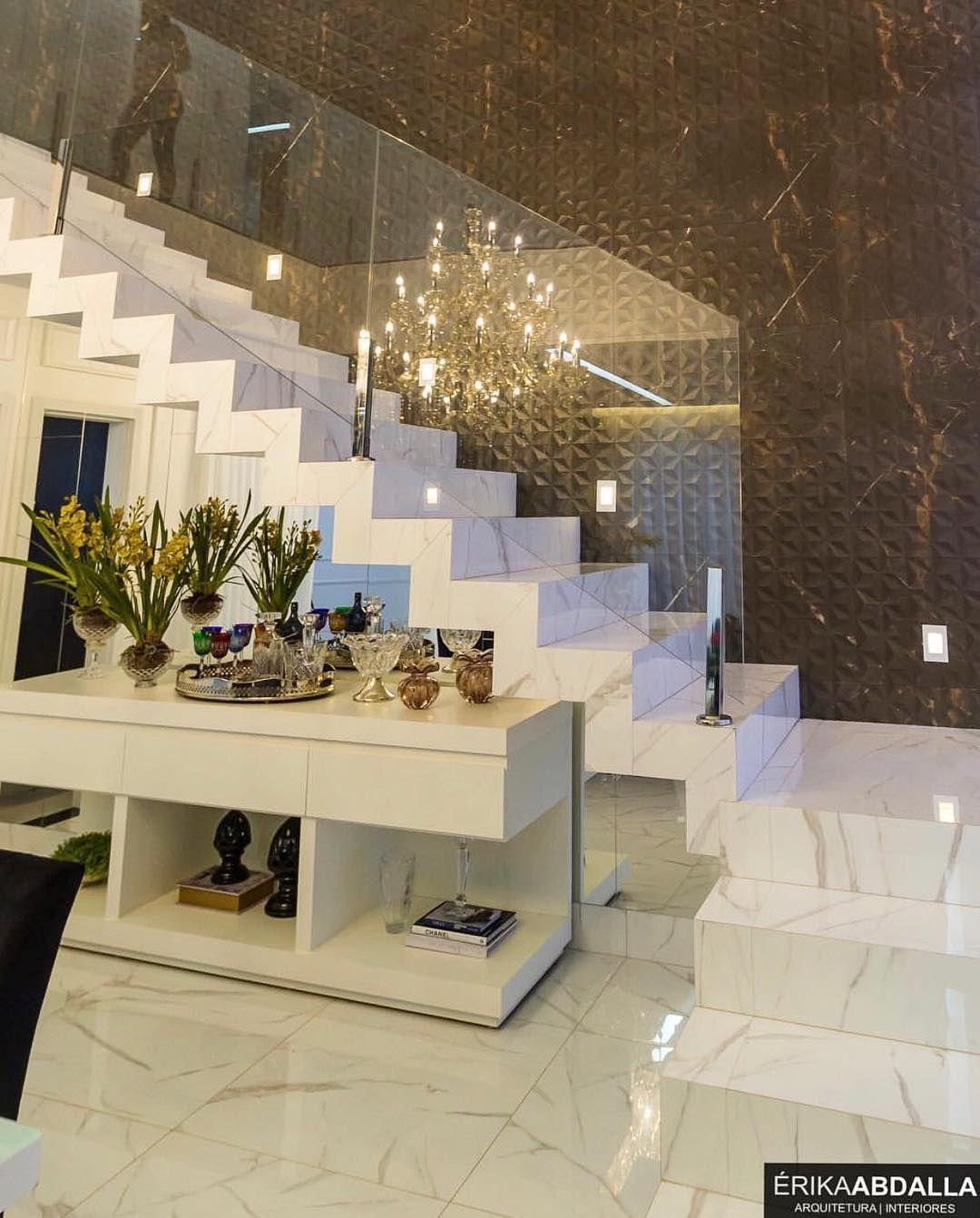 Simplesmente linda esta escada Vídeos Viva Decora em 2019 Escadas interiores, Escadas de  -> Decoração De Hall Com Escada