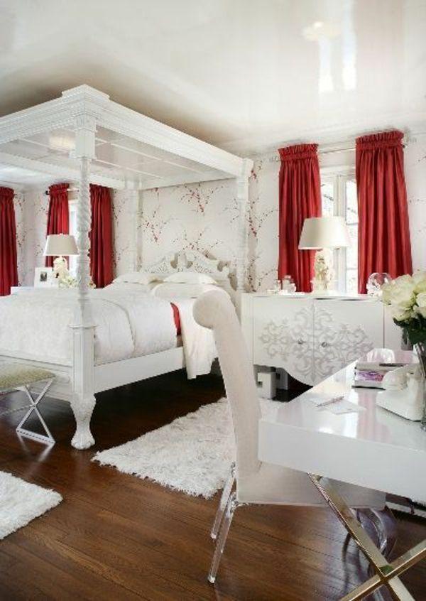 35 rote Gardinen für königliche Eleganz in Ihrem Wohnzimmer -   - deko ideen gardinen wohnzimmer