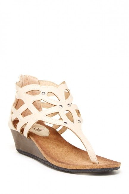 Bucco Fridas Wedge Sandal | Looks, Look