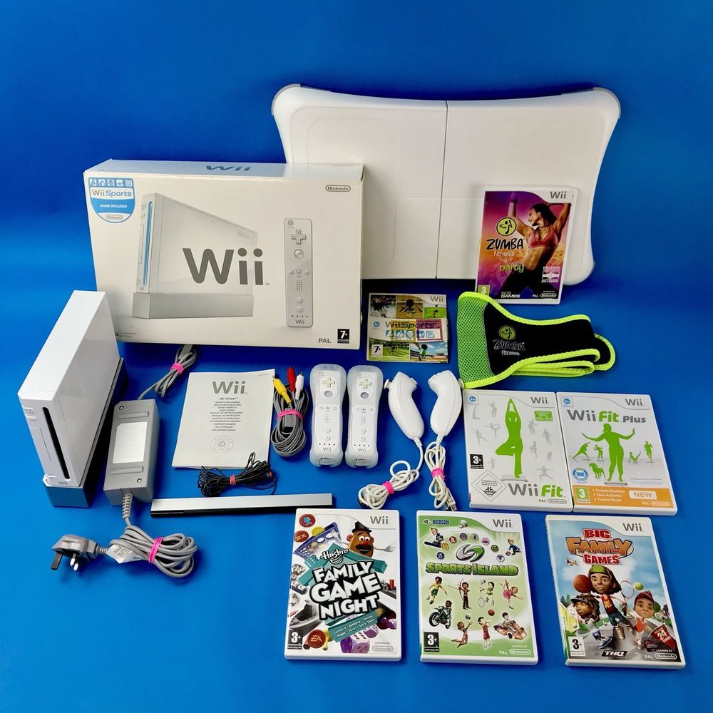Nintendo wii fitness bundle fit board 4 remotes zumba wii