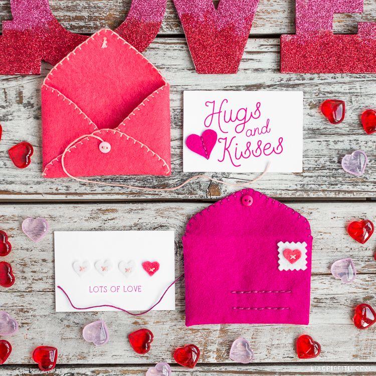 Hand Stitched Felt Envelopes | Hand stitching, Valentine crafts and ...