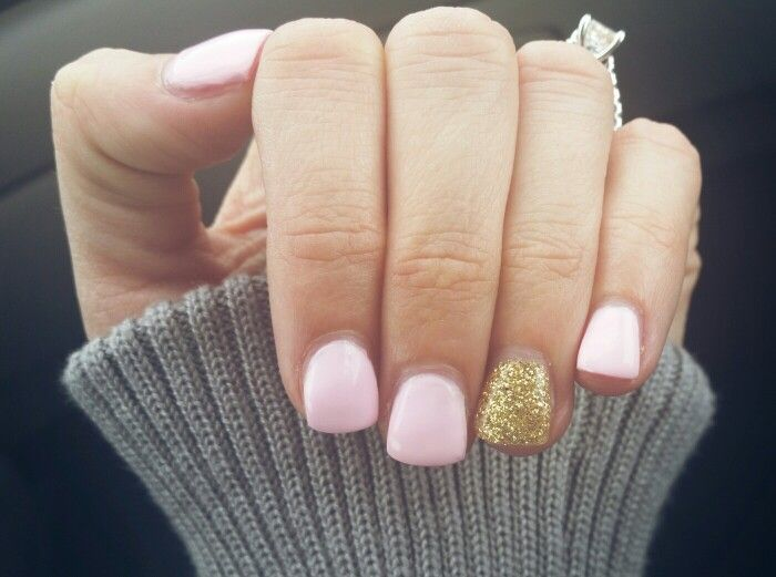 Light Pink Nails With A Gold Glitter Accent Nail Lcn Gel With