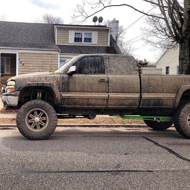 Sick Silverado #silverado #mud #lifted #chevy #mudding #4x4 #offroad #sick #truckstuff
