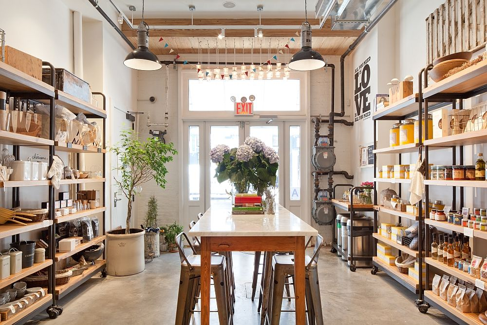 Old Nyc Carriage House Renovated Into A Trendy Caf 233