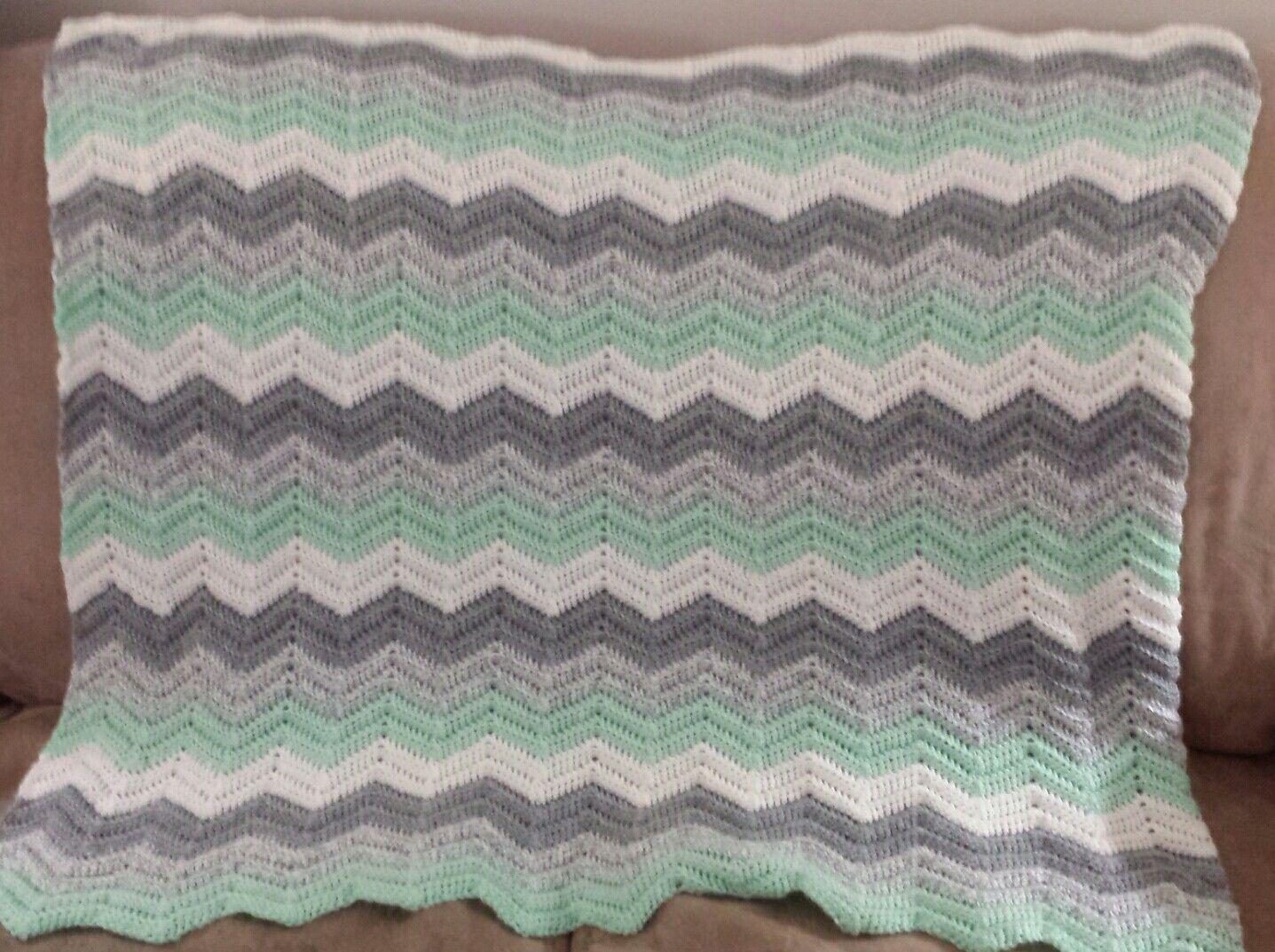 Ripple Baby Blanket - Bernat Softee Baby Yarns | crochet blanket ...