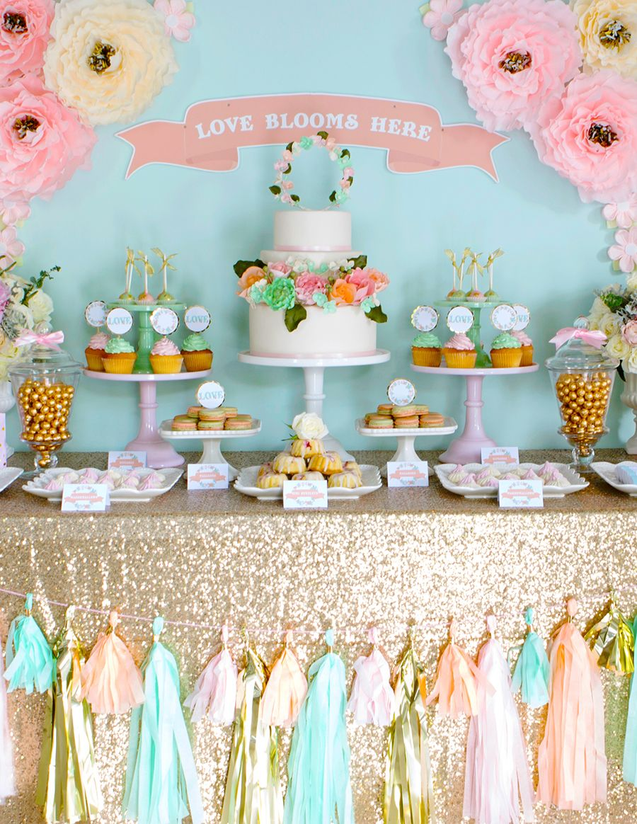 Style your own wedding dessert table with tips from a pro for Diy wedding table decorations