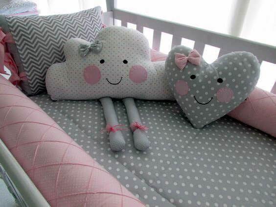 c1335e1bd Almohadas y cojines infantiles Patrones para hacer bonitas y acogedoras  almohadas o cojines infantiles