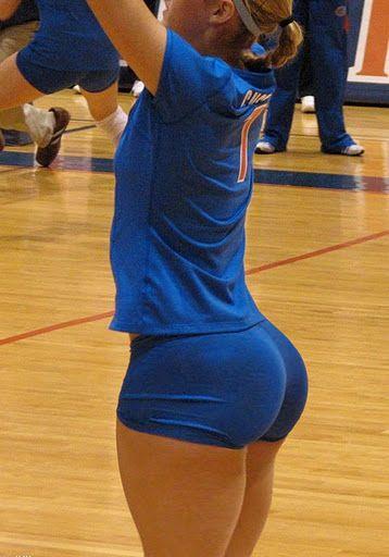 Sexy ass in lycra