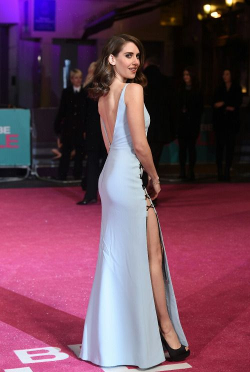 Alison brie booty at how to be single red carpet alison brie alison brie booty at how to be single red carpet ccuart Image collections