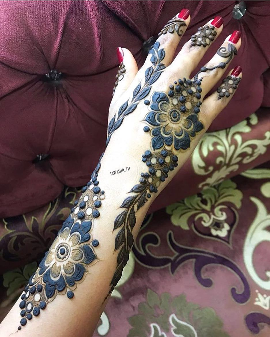By Jawahir 711 حنا حنه حناء حناية حنايه نقش نقوش نقوش حنه نقوش حنا نقشات ابوظبي Henna Designs Hand Mehndi Art Designs New Mehndi Designs