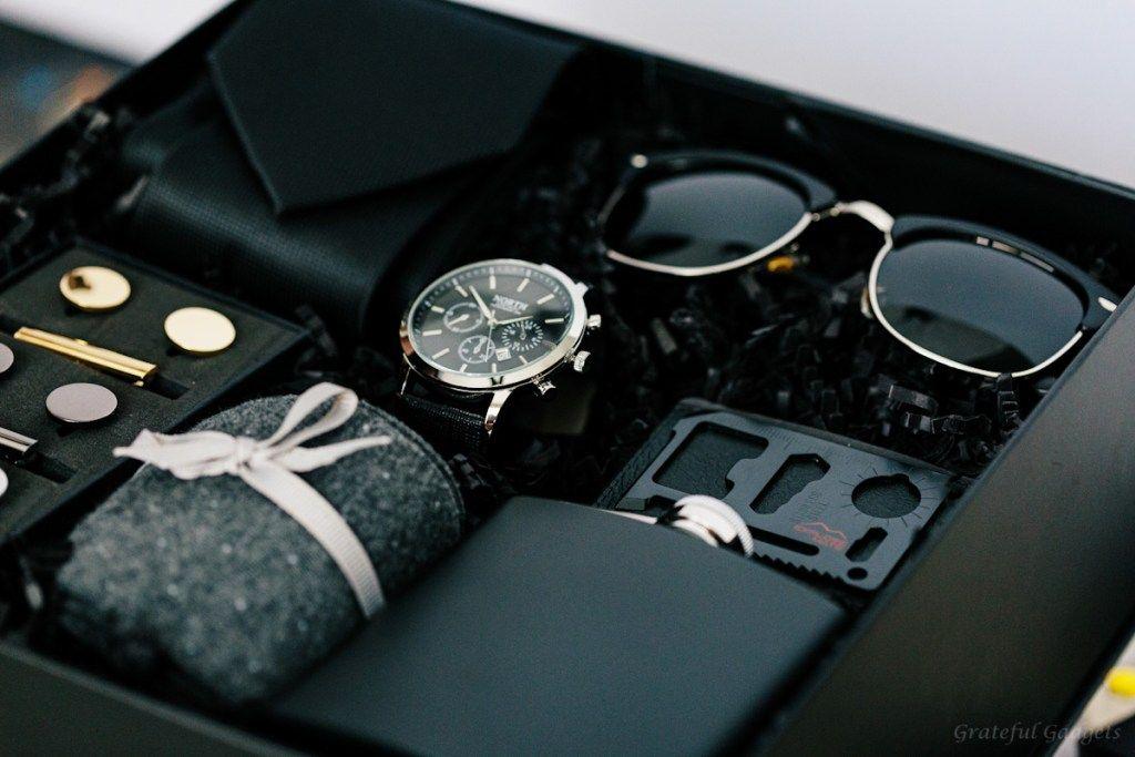Modern Man Grateful Gadgets Gift Box For Men Groomsmen Gift Box Luxury Gift Box