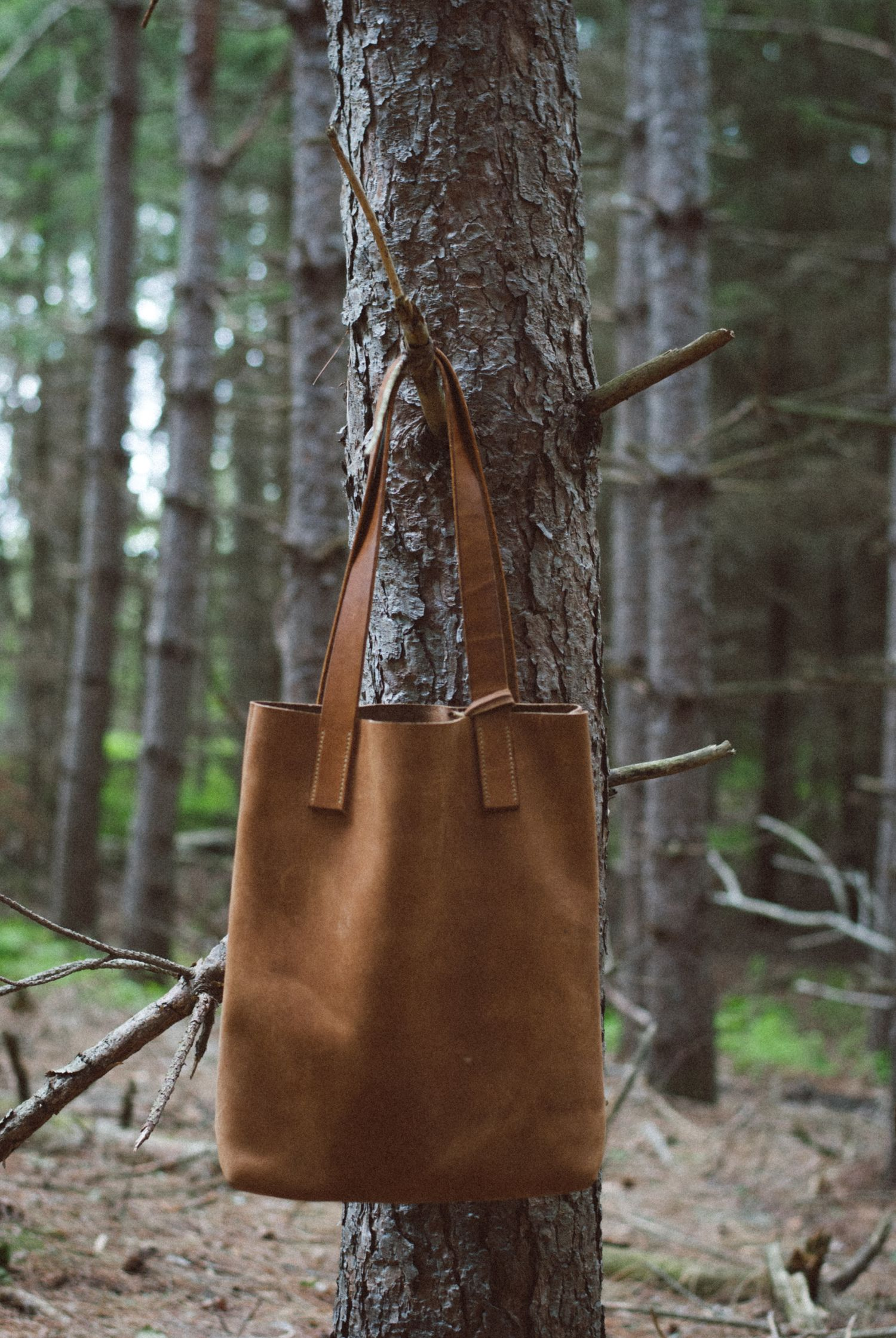 e7eb0b1cbf3 Picking Stones   It's in the bag   Bags, Leather bags handmade, Tote bag