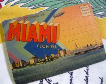 Vintage Miami Florida souvenir postcard folder - 1940s souvenir