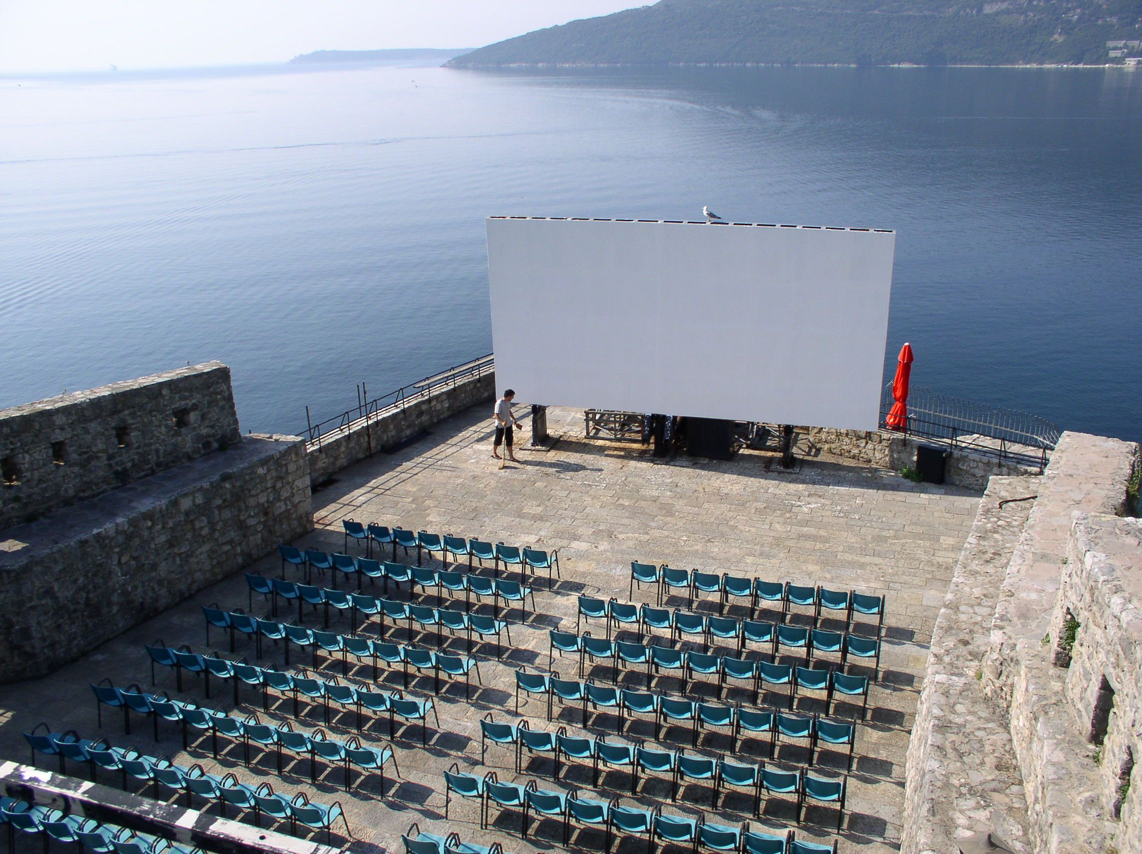 Journal About This Experience Sea Cinema Get Bold Ipad App Free Journaling Within App Itunes Apple Com Open Air Cinema Herceg Novi Cinema Architecture