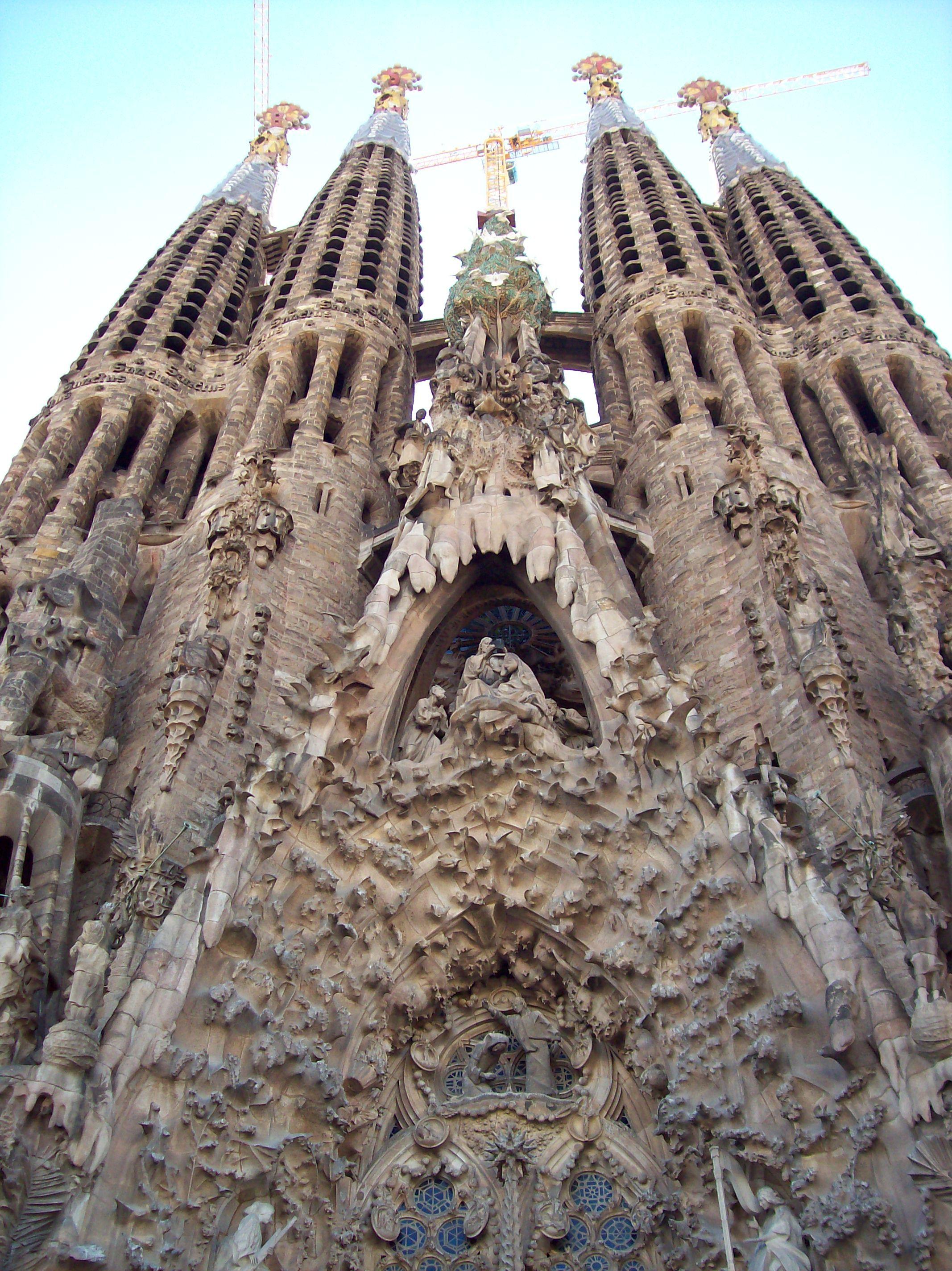La Sagrada Familia - The Sacred Family Barcelona (only ...