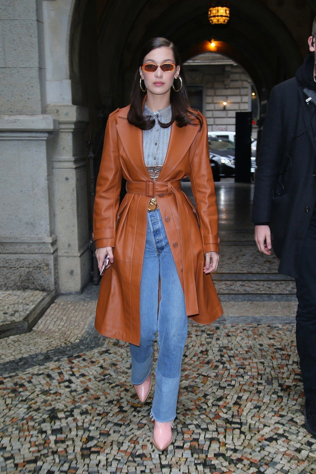 We Adore These 8 Leather Jackets From Topshop Bella Hadid Outfits Bella Hadid Street Style Trench Coats Women [ jpg ]